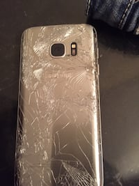 Black s7 broken screen motherboard and everything functioning great just needs screen Hull, J8X 3S3
