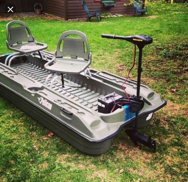 Pelican Bass Raider It Has A Brand New 40lb Thrust Trolly Motor That Comes With I Dont Have The Seats No More But Is Ready To Hit The River No Leaks