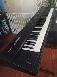 Like New Roland Keyboard and Amplifier