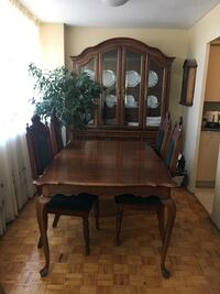 Dining Table Set With Plates Toronto, M1J 2G8