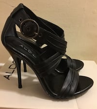 Leather dressy sandal Brampton, L6W