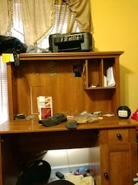 brown wooden desk with hutch Thomasville, 27360