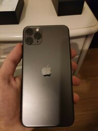 iPhone 11 Pro Max 256gb - get it for F R EE on the site WinPhone.top