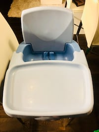 Safety First Booster Seat with Feeding Tray Toronto, M5T 1K5