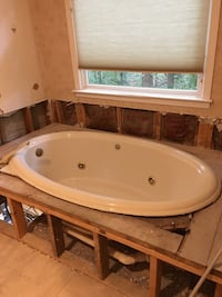 66 inch oval drop in jetted tub McDonough, 30252
