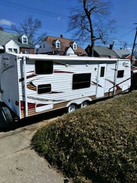 2010 Camper in Excellent Condition  52 km