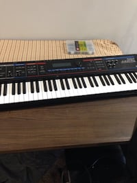 Roland juno-Di beat making electronic keyboard Decatur, 30035