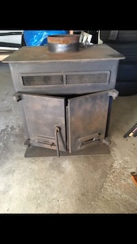 Black firestove Franklin Park, 15237