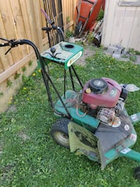 """Billy Goat 33"""" Commercial Lawn Mower Toronto, M6G"""