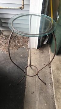 Glass top table  Pingree Grove, 60140