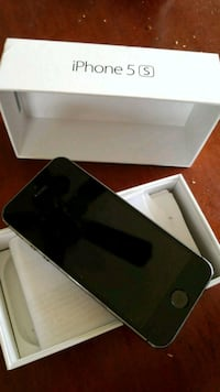 iPhone 5s 16GB Bell Mobility provider Calgary, T3B 0C5