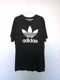 black and white Adidas crew-neck t-shirt Vancouver, V5N