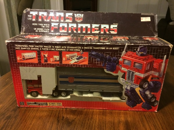 Transformers G1 Canadian Optimus Prime - Damaged Box/Incomplete