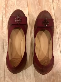 Tory Burch Carolina Leather flats- plum Ashburn, 20147