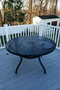 Outdoor table  Warwick, 02889