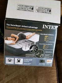 Intex Twin 13 inch height airbed Dallas, 75243