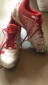 pair of red-and-white Nike cleats Mission Viejo, 92691