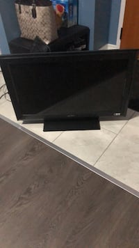 32 inch Sony tv Barrie, L9J 0H1
