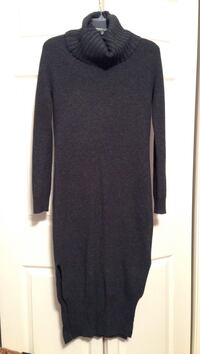 H&M knit midi dress. Like new. Size XS runs like S-M Cranston, 02921