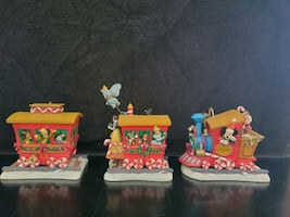 Disney Casey Jr Mickey and Friends Christmas 2000 Train Set