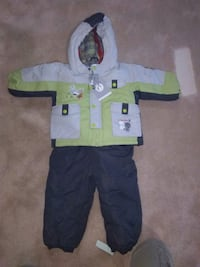Snow suit, size 18M, brand new with tags Milton, L9T