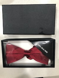 Bow tie brand new made out of silk