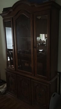 China cabinet Beaumont, T4X 1C4
