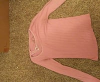 Pink casual shirt large Cleveland, 44105
