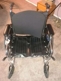 Good condition wheel chair comes with legs to Columbia, 21044