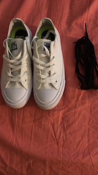 Pair of white Converse  Woodbridge, 22192
