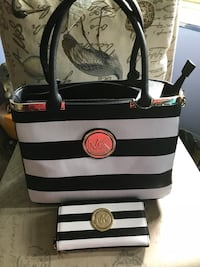 black and white leather tote bag Lawrenceville, 30043