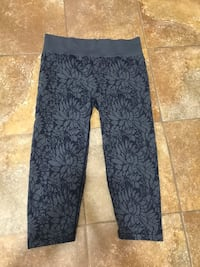 Fabletics Women's Leggings  San Bernardino, 92407