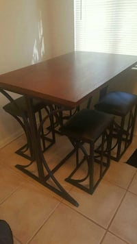 Black steel frame and wood dining table & 4 chairs Gulfport