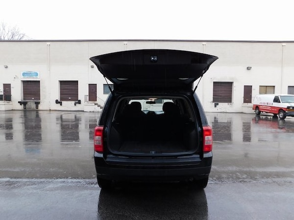 Jeep Patriot 2016 e365eb8c-c54f-4274-8521-417c48b1d0ed