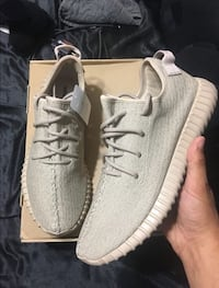 Yeezy Oxford Tan DS size 12 Caledon