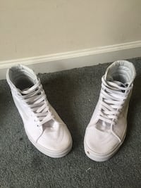 Pair of white high top sneakers Fredericksburg, 22408