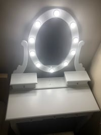 Beautiful vanity table with lighted mirror  Boston, 02113