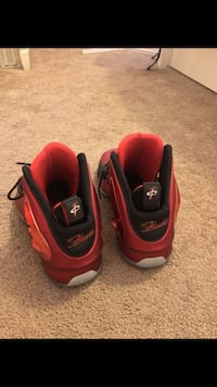 Nike Red 'Lil Penny' Posit University Red Sneakers. Surprise, 85374