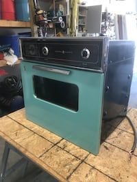 VINTAGE RANGE AND OVEN Parma, 44129
