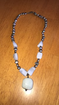 Gray and purple beaded necklace Athens, 45701