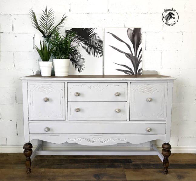 Vintage Painted Sideboard 0