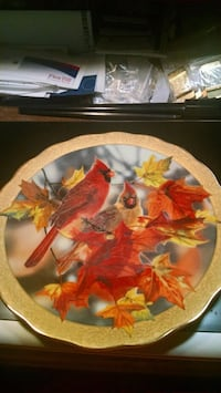 Bradford Exchange Cardinal Collector Plate Centreville, 20120