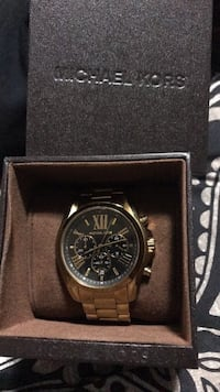 Gold unisex Micheal kors watch  Winnipeg, R2N 1E8