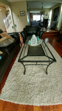 Glass Coffee table with two end table for sale Abbotsford, V2S 7P8