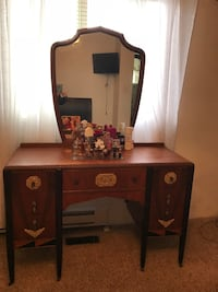 brown wooden vanity table with mirror Maple Ridge, V2X 2A3