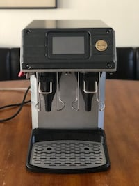 Commercial coffee brewer - Curtis G4 Gold Cup  Oxnard, 93035