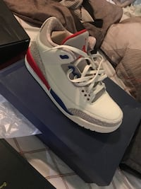 pair of white Air Jordan 4's with box College Park, 20740
