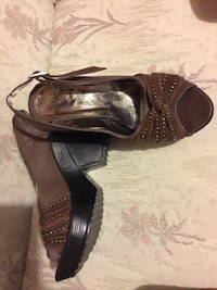 pair of brown leather open-toe heeled sandals Edmonton, T6L 5S4
