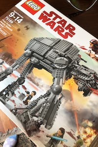 LEGO Star Wars.  First order heavy assault walker.