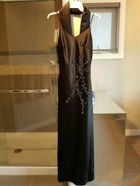 Black evening gown( M) in size. Edmonton, T5Y